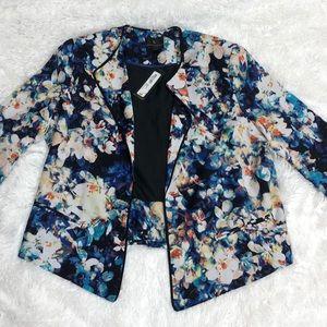 NWT Floral Blazer